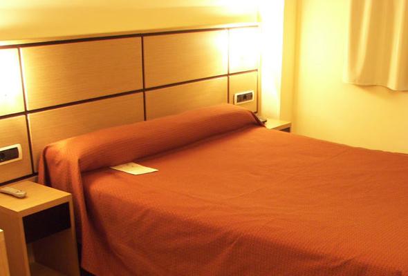 Hab. EXECUTIVE- Hotel Doña Lola Castellón